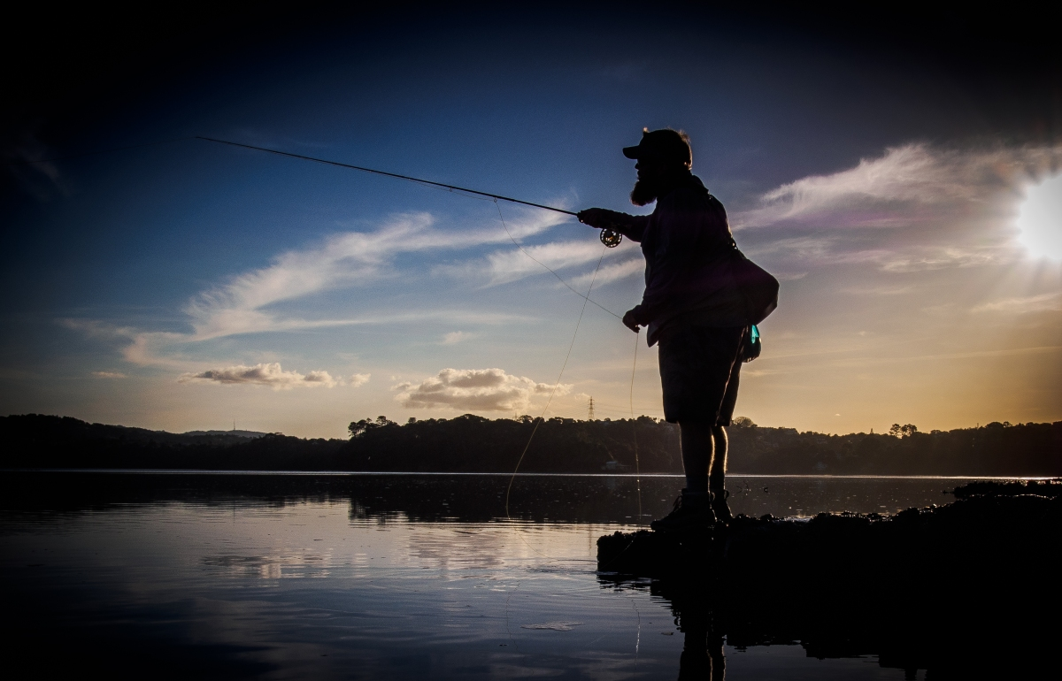 Is dawn the best time to fish active angling new zealand for Best days for fishing